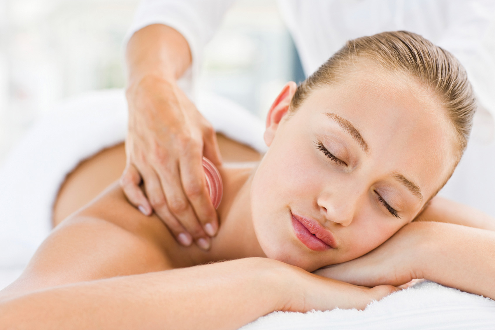 An image of a lady receiving a full body massage by Vicki Hooper Beautician